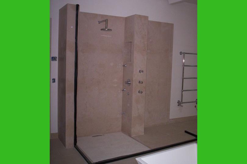 Salle de bain en marbre paris for Salle de bain paris 11